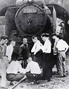 La locomotive qui a écrasé Shimoyama (ou son cadavre?).